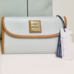 Dooney and Bourke Continental Ice Blue Wallet NWT